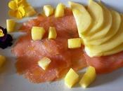 Salmone affumicato aromatizzato all'olio mandarino cubetti mango