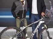 Anche Jorge Lorenzo allenerà bici