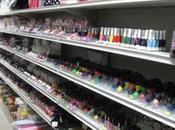 Melilli: trovati prodotti cosmetici contraffatti negozio cinese, multa mila euro sequestro della merce