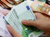 Italia, tagli agli stipendi manager. Escluse società quotate Ferrovie, Poste