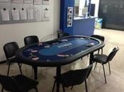 Priolo Gargallo: scovata sala giochi d'azzardo, sorprese persone scommettere