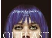 Anteprima: Outcast Alina Bronsky