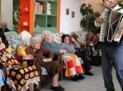 L'Italia servizio sociale Silvio