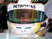 Cina, libere Hamilton top, Alonso mezzo alle Mercedes