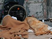 """Verona, """"ordinanza Tosi"""" divieto cibo acqua senzatetto. Scattano polemiche"""
