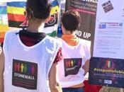 Siracusa: primo maggio anche… #stopomofobia, tanti mettono faccia Stonewall