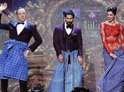 Kevin Spacey balla stile Bollywood: direbbe Frank Underwood?