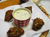 Kolokithokeftedes, polpette greche zucchine kefalotyri salsa tzatziki
