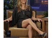 Jennifer Aniston capelli scuri, nuovo taglio addio biondo: com'era/com'è