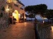 Energia pulita Capri: muretto fotovoltaico pino Punta Tragara