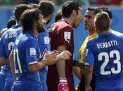 Brasile 2014: Diego Godin piangere l'Italia, Inghilterra Costa Rica finisce