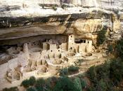Cave House: vivere nella roccia. città mondo