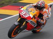 Moto Germania qualifiche: Marquez pole record. Rossi partirà sesto