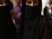 """Orrore nella guerra Siria l'Iraq: l'Isil ordina l'infibulazione tutte ragazze """"califfato"""""""