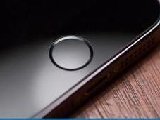 Russia: ministro della comunicazione richiede Apple codice sorgente evitare spionaggio