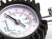 Come controllare pressione degli pneumatici Moto Scooter