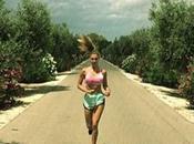 "ferma?"" Belen jogging… Photoshop!"