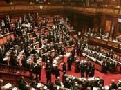 """Renzi: """"Ora nessuno fermerà cambiamento"""", approvato Boschi"""