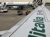 """Accordo Alitalia-Etihad: """"Sarà un'azienda sexy"""", ecco cosa cambierà"""