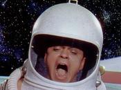 Ariana Grande Ziggy Stardust: breve fenomenologia quando incontra l'immaginario spaziale