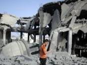 Gaza: secchiate sabbia macerie: #RubbleBucketChallenge guerra spreco d'acqua
