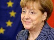 "Ucraina, Merkel: ""Siamo dinanzi scontro Kiev-Mosca"". Kiev: ""Con Russia guerra, saranno decine migliaia morti"""