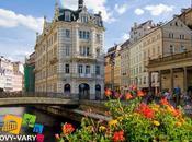 Karlovy Vary: terme, natura, cinema e... Becherovka!