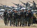 Cina. Pechino schiera 15mila uomini pezzi artiglieria confine russo