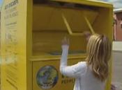 Cosa dietro cassonetti gialli vestiti usati? Torino Napoli abiti vanno poveri, Roma? L'inchiesta andata onda ieri diMartedì