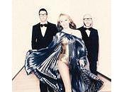 costumi nuovi Kylie firmati Dolce Gabbana