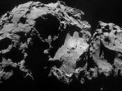 getti vapore della cometa ripresi dalla sonda Rosetta