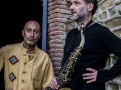 Sabato Ottobre CICCIO MEROLLA RICCARDO VENO, concerto MUMBLE RUMBLE CLUB Salerno, ritirano PREMIO TOAST