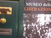 Imbrattato sfregiato Museo della Liberazione Lucca