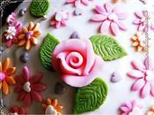 Torta fiorita pasta zucchero Floral cake sugar paste