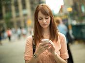 schiena, potrebbe essere colpa dello smartphone