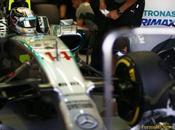 Dhabi, libere Hamilton riconferma veloce