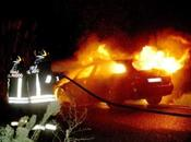 Siracusa: notte roghi città, fuoco auto scooter