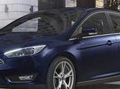 Nuova Ford Focus, l'auto parcheggia sola