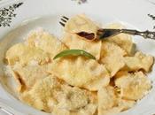Tortelli cremaschi, primo piatto tipico della tradizione natalizia lombarda.