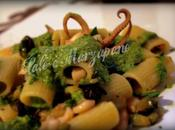 Rigatoni crema zucchine alla menta calamari olive nere denocciolate olio extravergine d'oliva