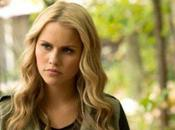 Claire Holt lizza ruolo Supergirl serial