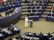Papa francesco applaudito parlamento europeo