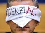 """denuncia della Uil: """"Con Jobs Act, 2015, alle aziende licenziano saldo positivo oltre mila euro"""""""