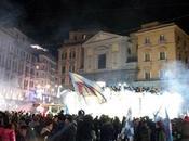Video. Città impazzita: Napoli festeggia Supercoppa