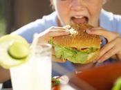 Obesità infantile: crescono bambini obesi problemi alla vista