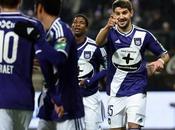 Jupiler League: Club Brugge Anderlecht s'ingozzano gol. Gent supera Kortrijk