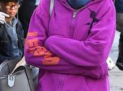 Katie Holmes struccata spettinata dopo feste #unadinoi