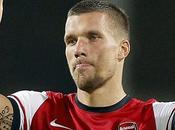 "Stampa Inglese coro: ""Podolski all'Inter"""
