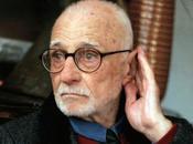 Mario Monicelli regista meglio interpretato stile della commedia all'italiana.