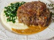 Guancette vitello salsa vino patate carletti.